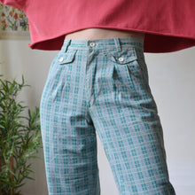 Load image into Gallery viewer, Plaid jeans 26W