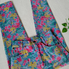 Load image into Gallery viewer, Secret Garden jeans 27W