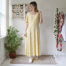 Load image into Gallery viewer, Buttercup dress