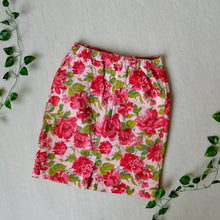 Load image into Gallery viewer, Rose skirt