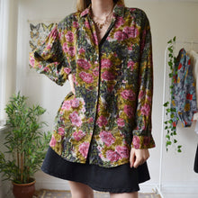 Load image into Gallery viewer, Peony shirt