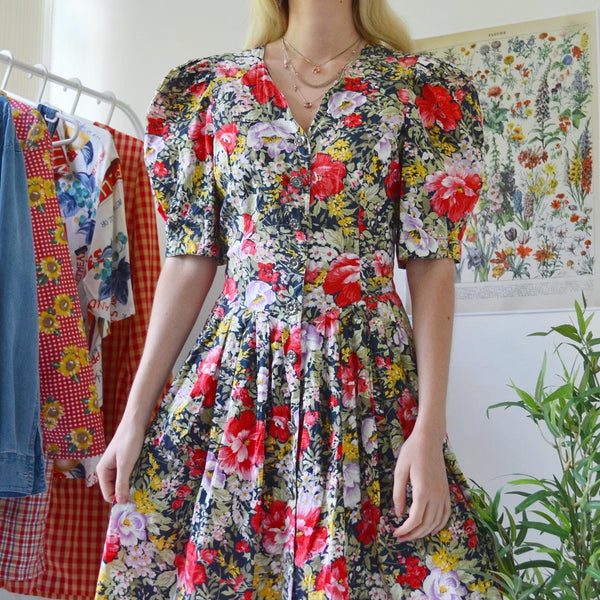 Puffy sleeve floral dress