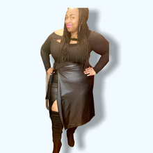 Load image into Gallery viewer, Alea Black Plus Size Dress