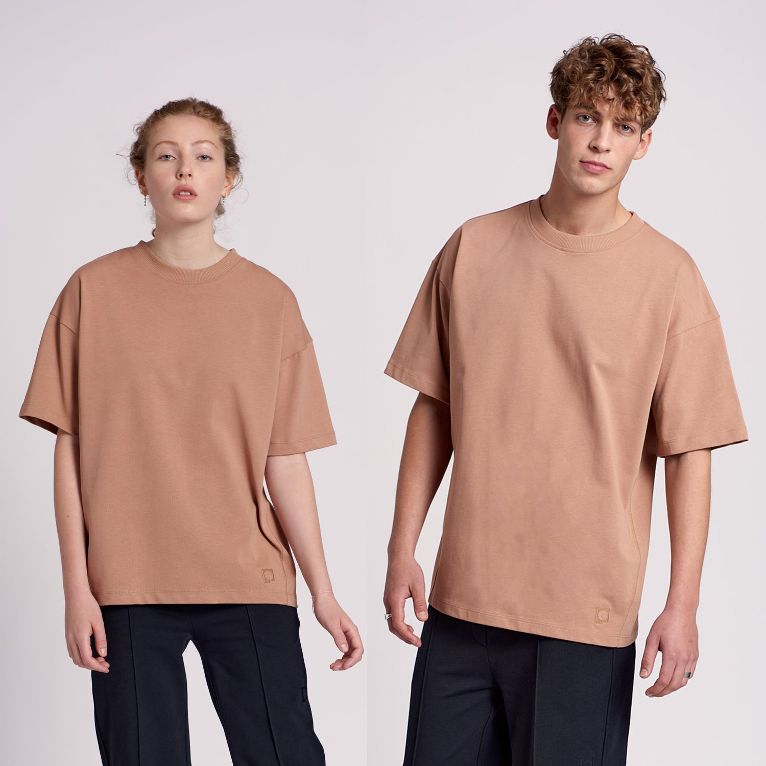 "Oversized t-shirt ""MALIN"" in camel"