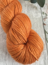 Load image into Gallery viewer, Luxury Alpaca - 4ply - Burnt Orange
