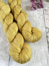 Load image into Gallery viewer, Sale - Alpaca, Silk & Linen - 4ply - Golden Flax