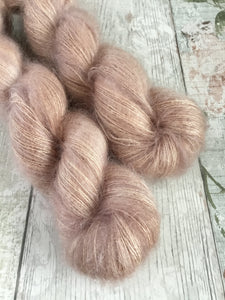 Fluff Kidsilk Mohair - Lace - Boudoir (darker batch)