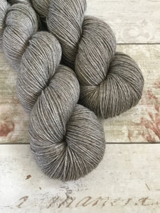 Silky Yak - 4ply - Natural