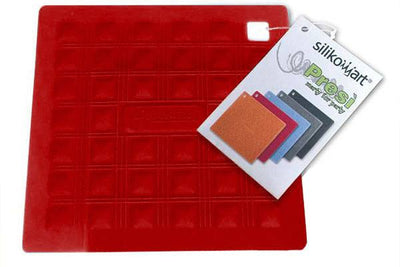Potholder - Trivet in Red | Silikomart | Nicolaas