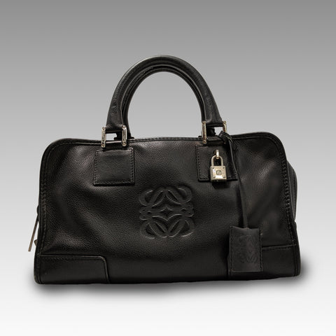 Loewe, Loewe Amazona 28 Bag in Black Calfskin - CHLOEZACH