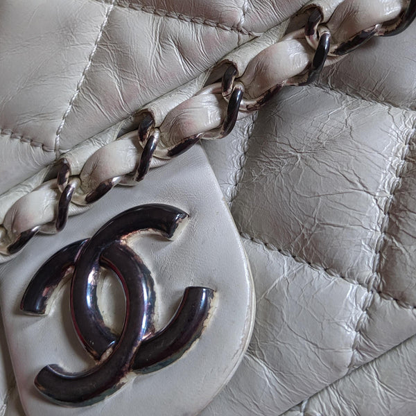 Chanel, Chanel Chain Me Flap Bag in Pearl White Glazed Calfskin - CHLOEZACH