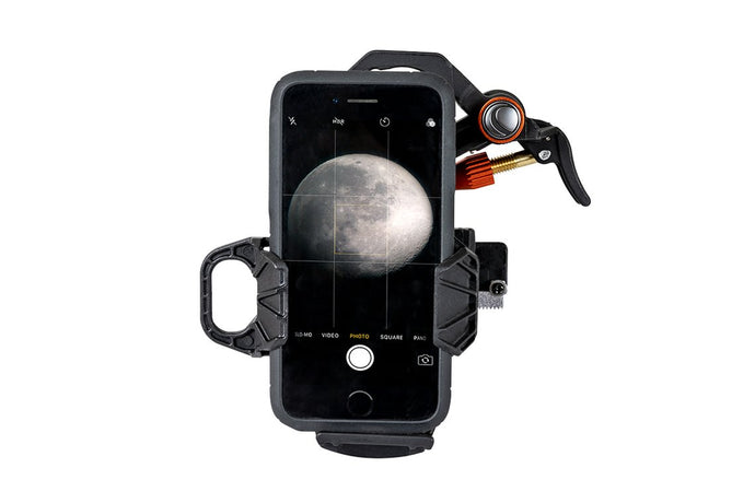 Celestron 3-AXIS UNIVERSAL SMARTPHONE ADAPTER