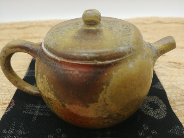 Wood-Fired, Stoneware Teapot. Handmade by Jonathan Steele (4/4)