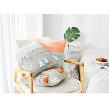 Load image into Gallery viewer, Peach Tassel Pillowcase