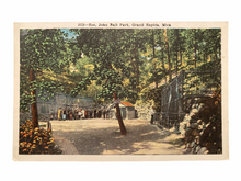Load image into Gallery viewer, Zoo, John Ball Park, Grand Rapids Michigan. Unused Postcard Circa 1915-1930