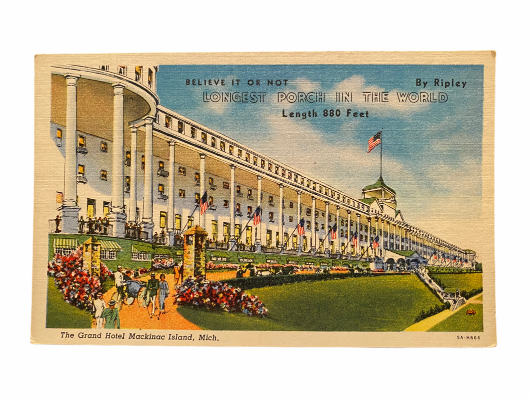 The Grand Hotel Mackinac Island, Michigan. Longest Porch in The World. Unused Linen Postcard Circa 1930-1944