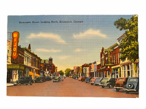 Newcastle Street, Looking North, Brunswick Georgia. Unused Linen Postcard Circa 1930-1944