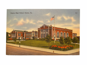 Easton High School, Easton Pennsylvania. Unused Linen Postcard Circa 1930-1944