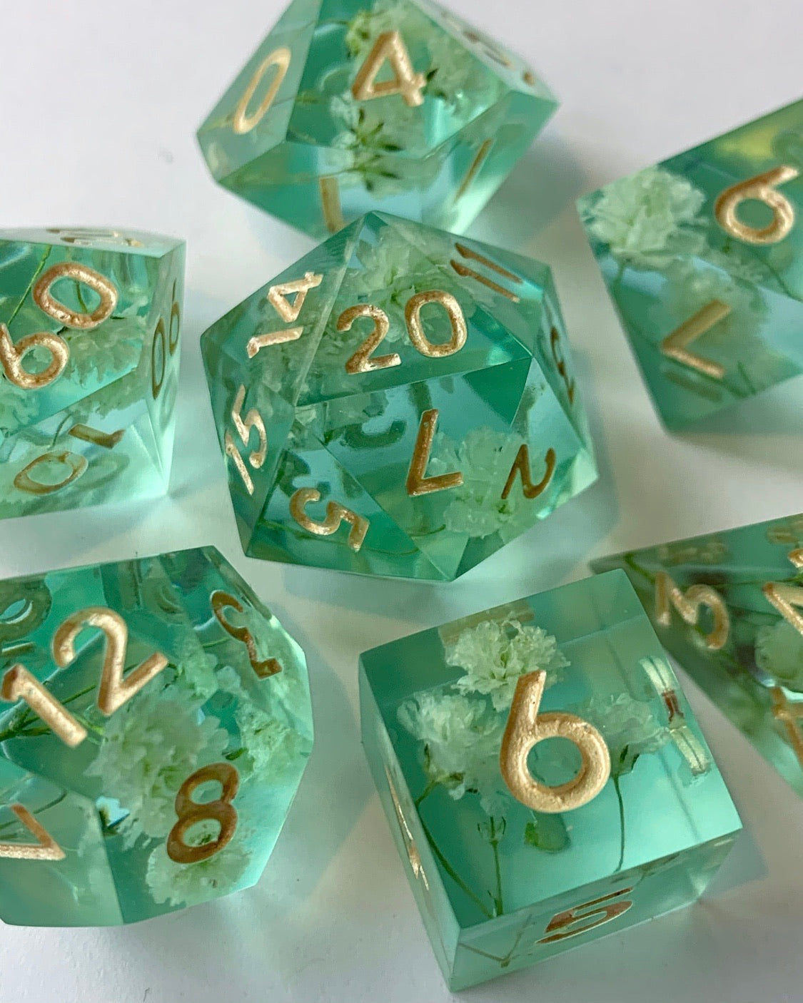 Baby's Breath 7-Piece Dice Set