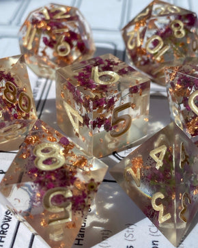 Autumn Hearts 7-Piece Dice Set
