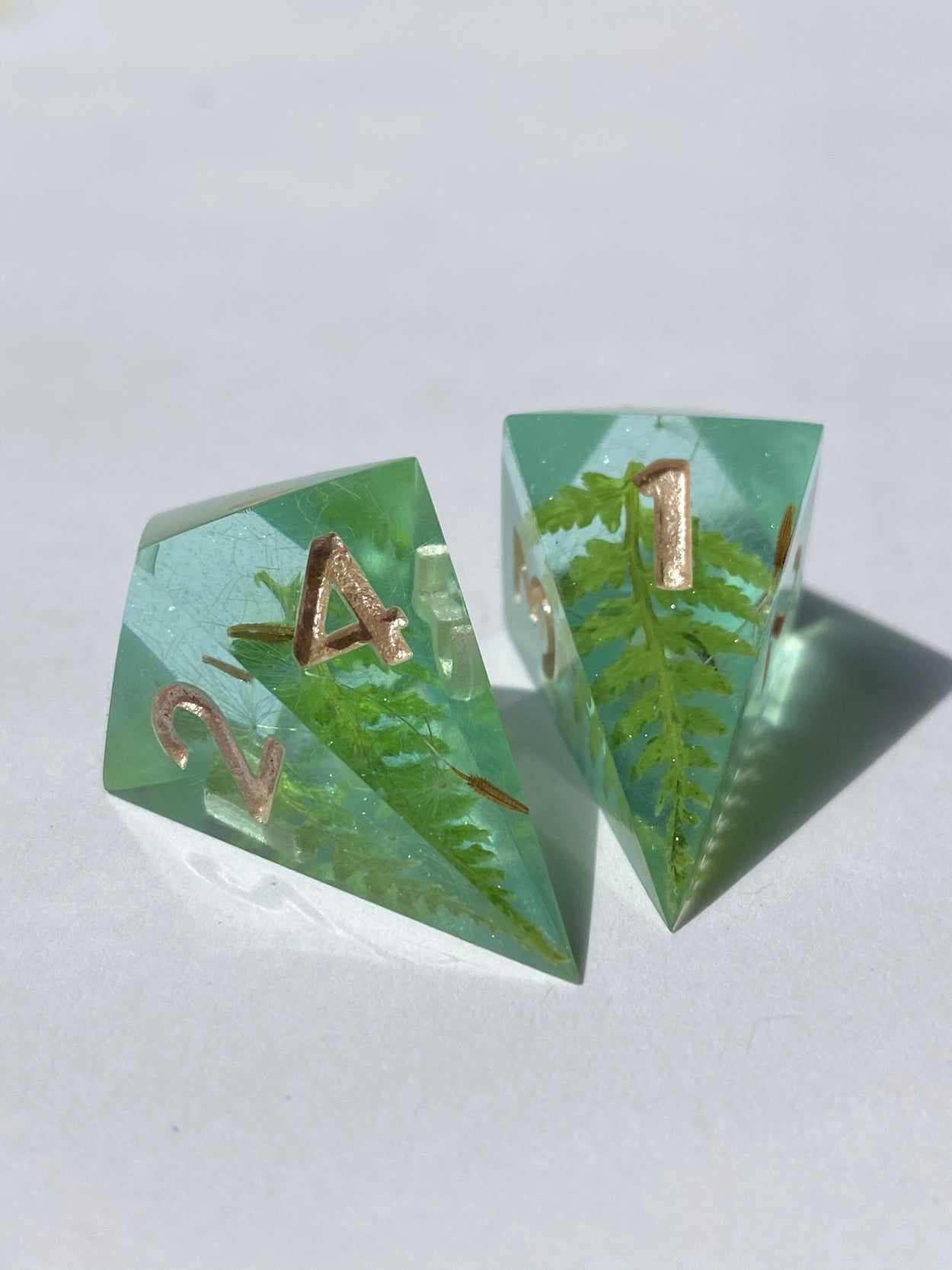Forest Gems D4 pair - Teal
