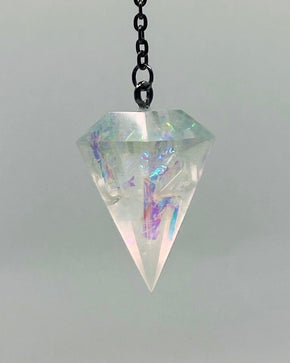 Prismatic Shard Lunar D4 Necklace