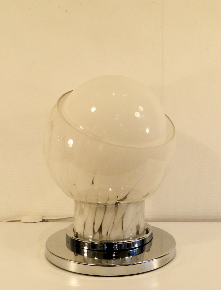 Table lamp in Murano glass designed By Carlo Nason for Mazzega in 1960's. - Lampe de table en verre de Murano dessinée par Carlo Nason dans les années 1960.