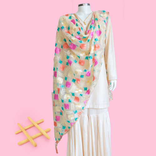 Phulkari Dupatta by Mystic Loom // Wedding Dupatta for online shopping// White Organza Dupatta