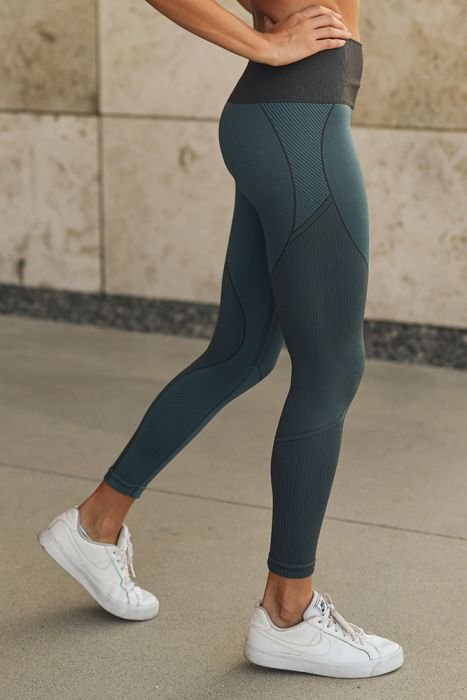 Multi-Patterned Seamless Legging