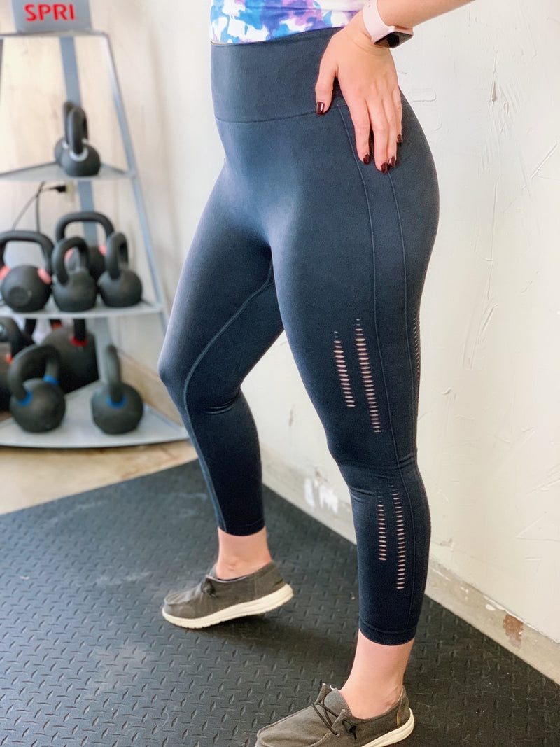 Seamless Perforated Leggings