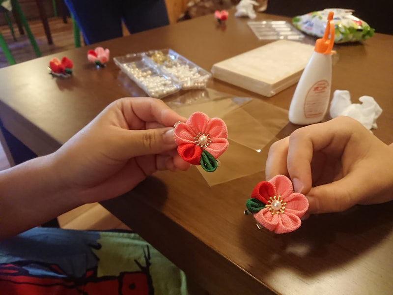 [WORKSHOP]Tsumami zaiku(Kanzashi) work shop at KOFUN CAFE