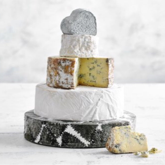 How Do You Create the Perfect Wedding Cheese Cake?