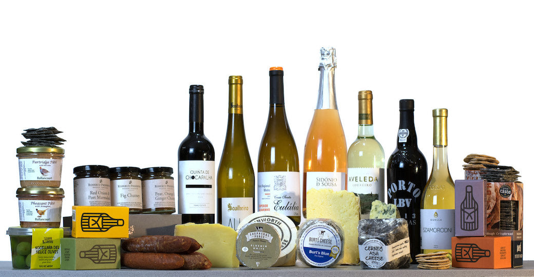 Luxury cheese and wine hampers uk