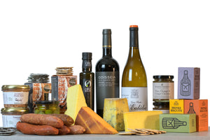 2019 British Cheese Award Winners Gourmet cheese and wine hamper UK
