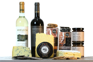 simply the best cheese and wine gift hamper UK