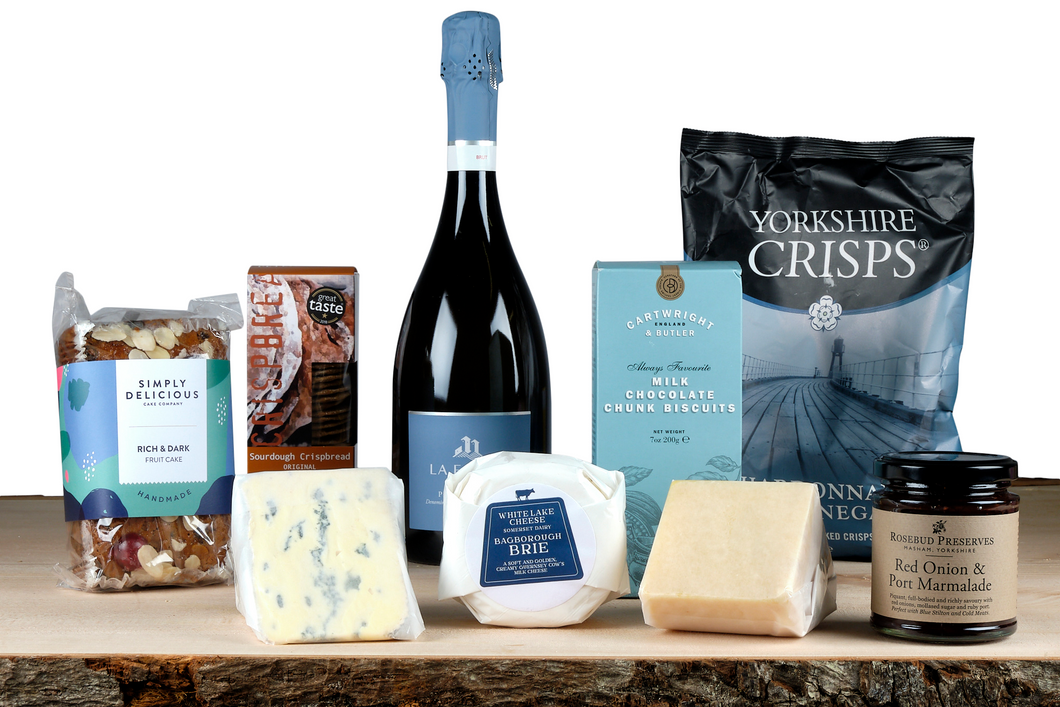 Welcome Pack or Picnic Hamper with Prosecco and Cheese UK