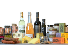 Load image into Gallery viewer, Super Gold Large Gourmet Cheese and wine hamper UK