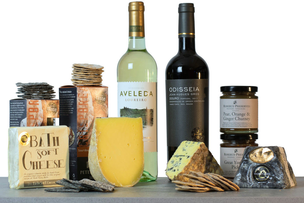 super gold winners cheese and wine hamper UK