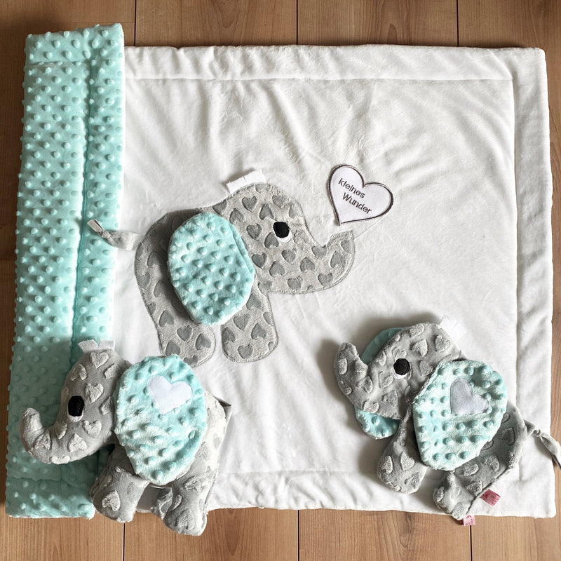 Set Babyelefant grey hearti (klein) - weiß/mint Knubbel