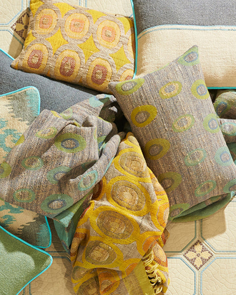 carlotta-wool-silk-patterned-throw-lifestyle-close-up