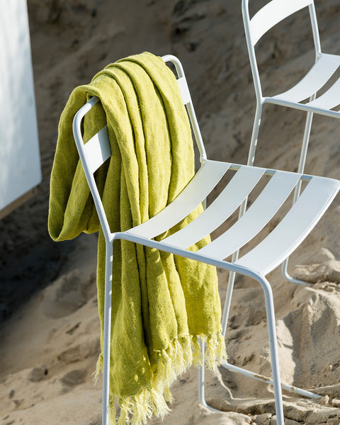caravanserail-fringed-coloured-linen-throw-lifestyle-view2