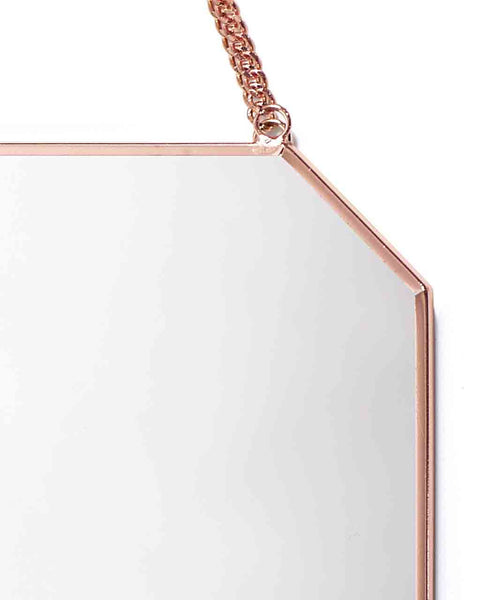copper-framed-mirror-on-chain-octagon-shaped-h-30cm-detail