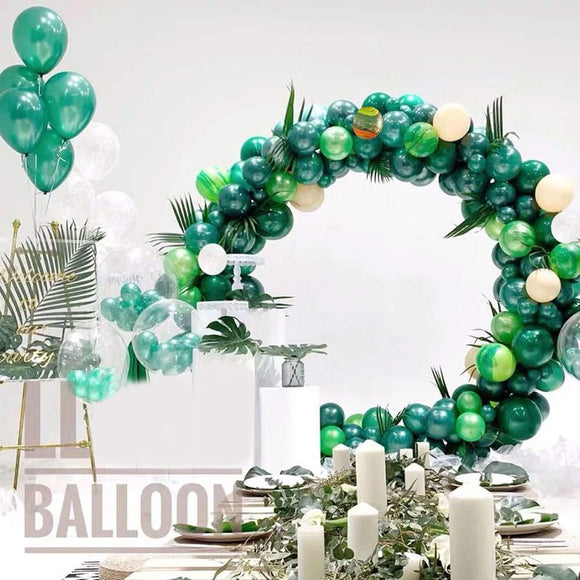 Forest green balloon garland kit - 148 pieces