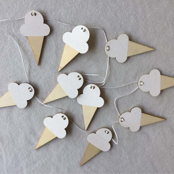 Wooden ice cream hanging garland - Socialness