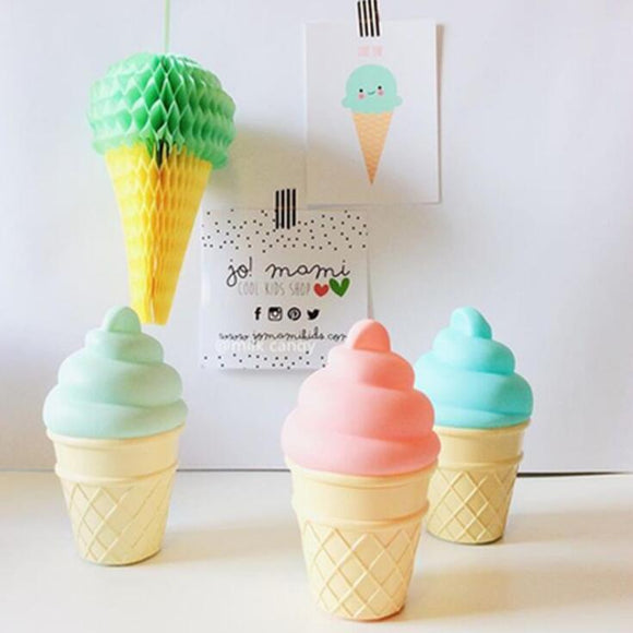 Ice cream LED desk light - Socialness