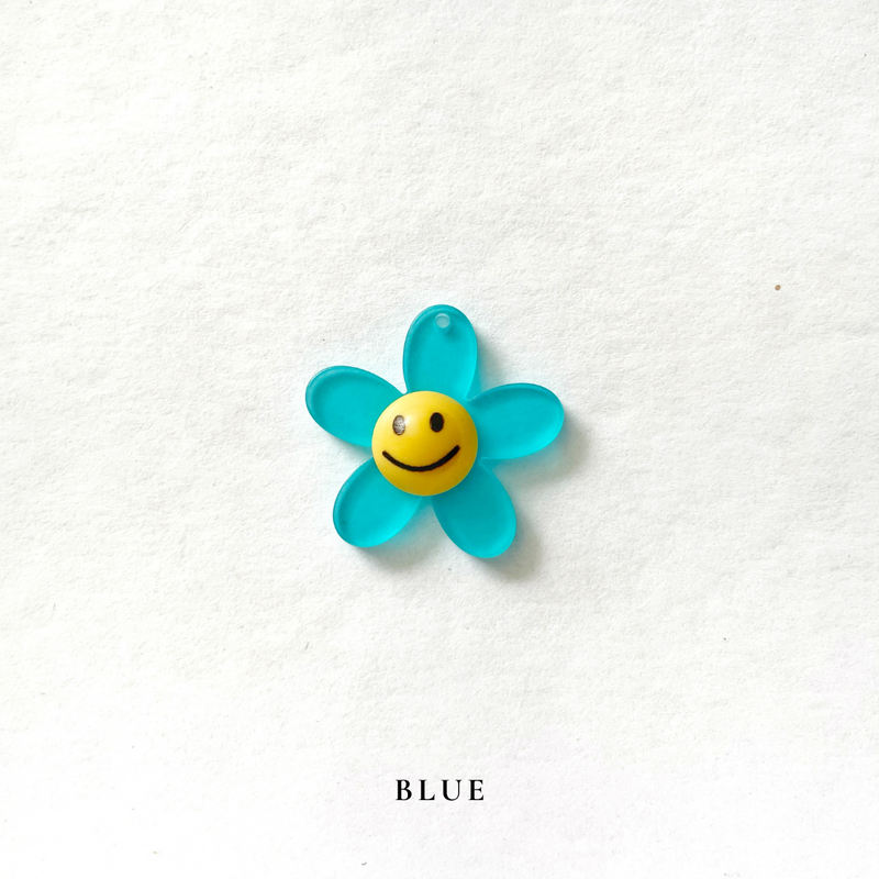 Smiley Flower Charm