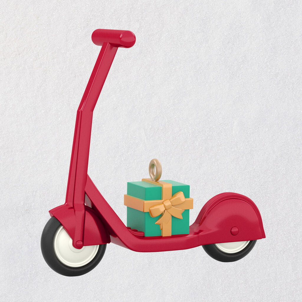 Mini Small Scooter Ornament, 0.97