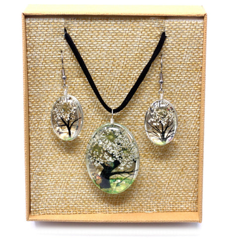 Real Pressed Flowers - Tree of Life Necklace & Earrings set in Gift Box - White