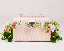 Load image into Gallery viewer, Caroline Medium Jewelry Case: Pink