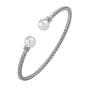 Luna Pearls- 3mm Cuff